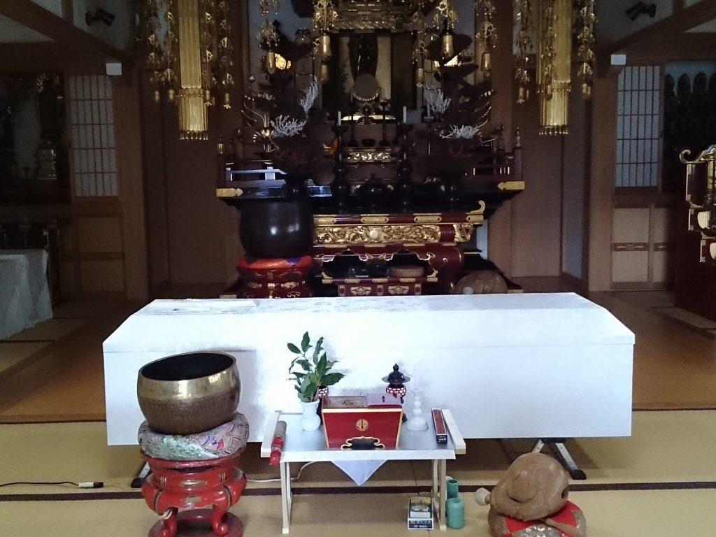 お寺での直葬